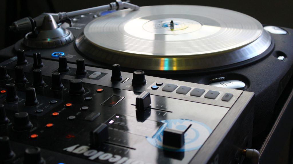 Beste Hardware für Profi DJs